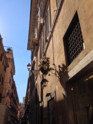 Another cute street- note the blue skies, oh! A faint memory.