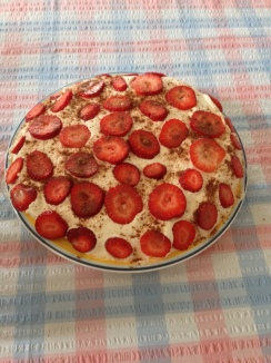 Pavlova, expertly made by mum